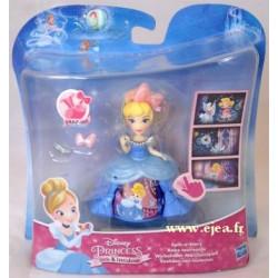 Cendrillon Mini poupée Robe...