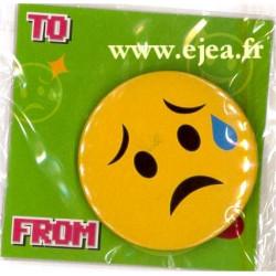 Badge Emoji Triste avec larme