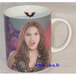 Chica Vampiro Mug Crocs